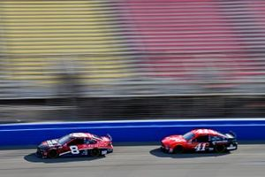 Tyler Reddick, Richard Childress Racing, Chevrolet I Am Second, Cole Custer, Stewart-Haas Racing, Ford Mustang Haas/Production Alliance Group