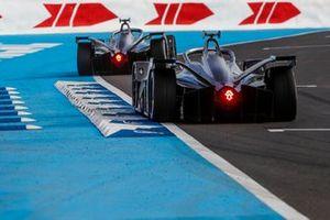 Стоффель Вандорн и Ник де Врис, Mercedes-Benz EQ Formula E Team, Mercedes-Benz EQ Silver Arrow 01