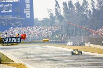 Adrian Campos, Minardi M187 Motori Modern, al GP del Messico del 1987