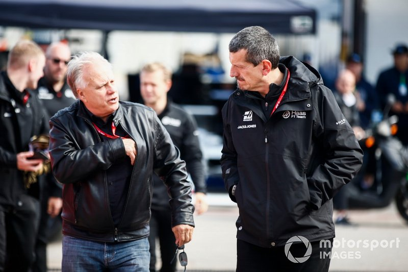 Gene Haas, Owner and Founder, Haas F1 Team, and Guenther Steiner, Team Principal, Haas F1 Team