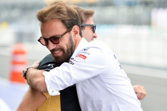 Jean-Eric Vergne, DS Techeetah hugs Antonio Felix da Costa, DS Techeetah