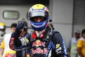 Le poleman Mark Webber, Red Bull Racing
