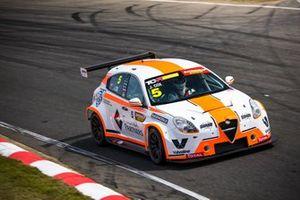 Jordan Cox, Garry Rogers Motorsport