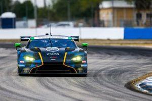 #23 Heart of Racing Team Aston Martin Vantage GT3, GTD : Ian James, Ross Gunn, Roman De Angelis