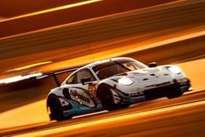 #56 Team Project 1 Porsche 911 RSR: Egidio Perfetti, Larry Ten Voorde, Jörg Bergmeister
