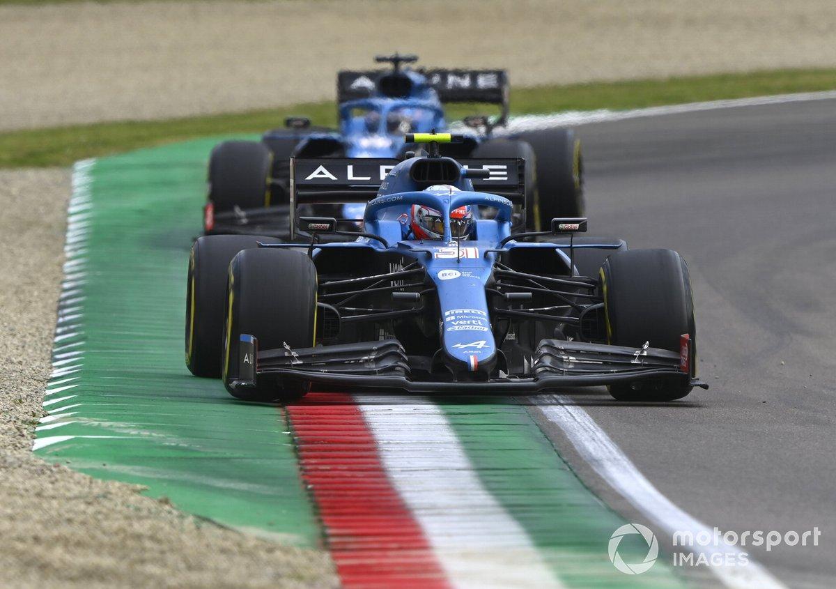 Esteban Ocon, Alpine A521, Fernando Alonso, Alpine A521