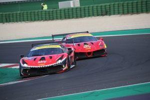Fons Scheltema, Kessel Racing precede Axel Sartingen, Lueg Sportivo