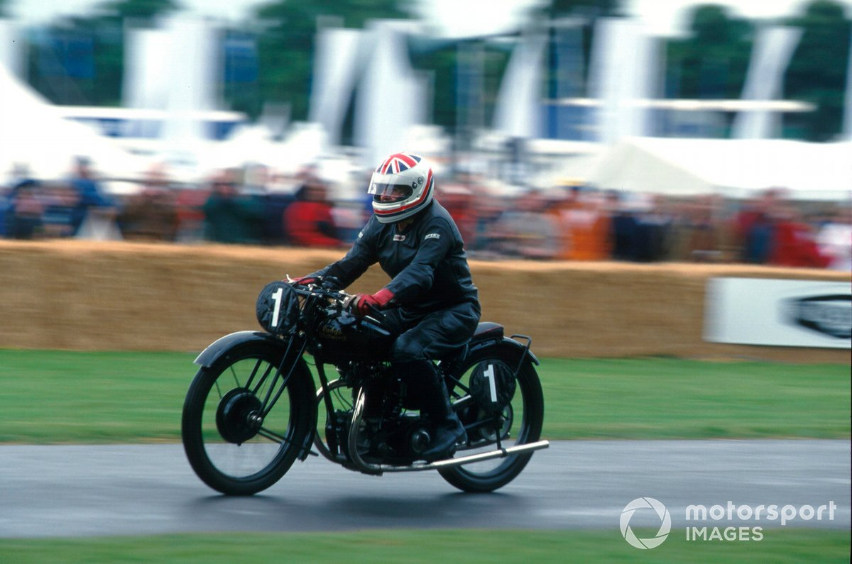 At the 2001 Goodwood FOS, Murray took the chance to ride one of his beloved vintage motorcycles up the famous hill.