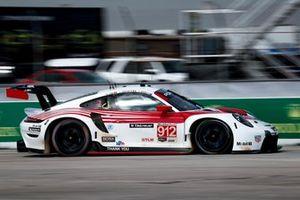 #912 Porsche GT Team Porsche 911 RSR - 19, GTLM: Laurens Vanthoor, Earl Bamber, Neel Jani
