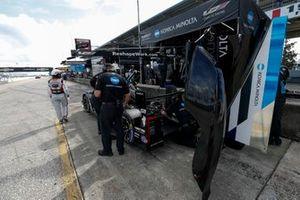 #10 Konica Minolta Cadillac DPi, DPi: Renger Van Der Zande, Ryan Briscoe, Scott Dixon