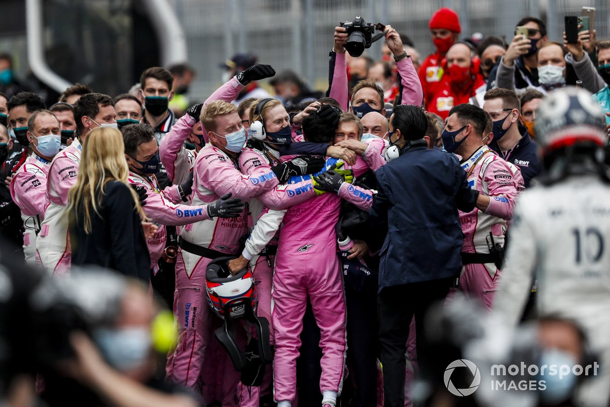 Sergio Perez, Racing Point, 2nd position, and the Racing Point team celebrate in Parc Ferme