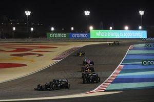 Lewis Hamilton, Mercedes F1 W11, Valtteri Bottas, Mercedes F1 W11, Max Verstappen, Red Bull Racing RB16, Alex Albon, Red Bull Racing RB16, en Sergio Perez, Racing Point RP20