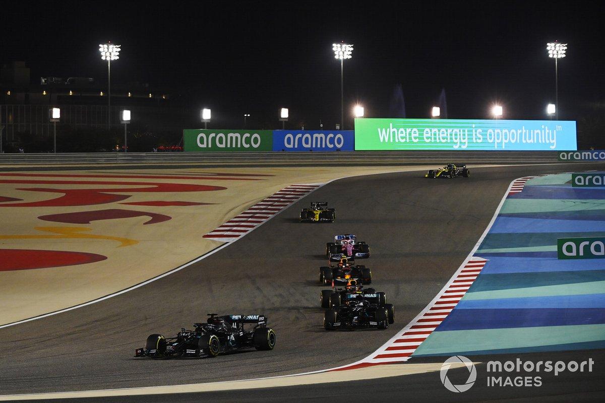 Lewis Hamilton, Mercedes F1 W11, Valtteri Bottas, Mercedes F1 W11, Max Verstappen, Red Bull Racing RB16, Alex Albon, Red Bull Racing RB16, e Sergio Perez, Racing Point RP20