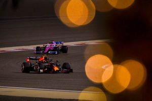 Alex Albon, Red Bull Racing RB16, Sergio Perez, Racing Point RP20