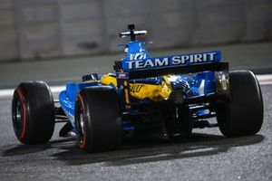 Fernando Alonso al volante della Renault F1 Team R25