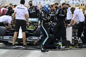 Valtteri Bottas, Mercedes-AMG F1, on the grid
