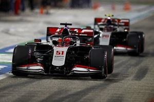 Pietro Fittipaldi, Haas F1 Haas VF-20, Kevin Magnussen, Haas VF-20
