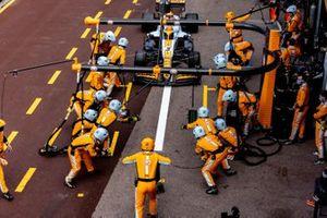 Mclaren F1 team pit stop Monaco GP Daniel Ricciardo, McLaren MCL35M