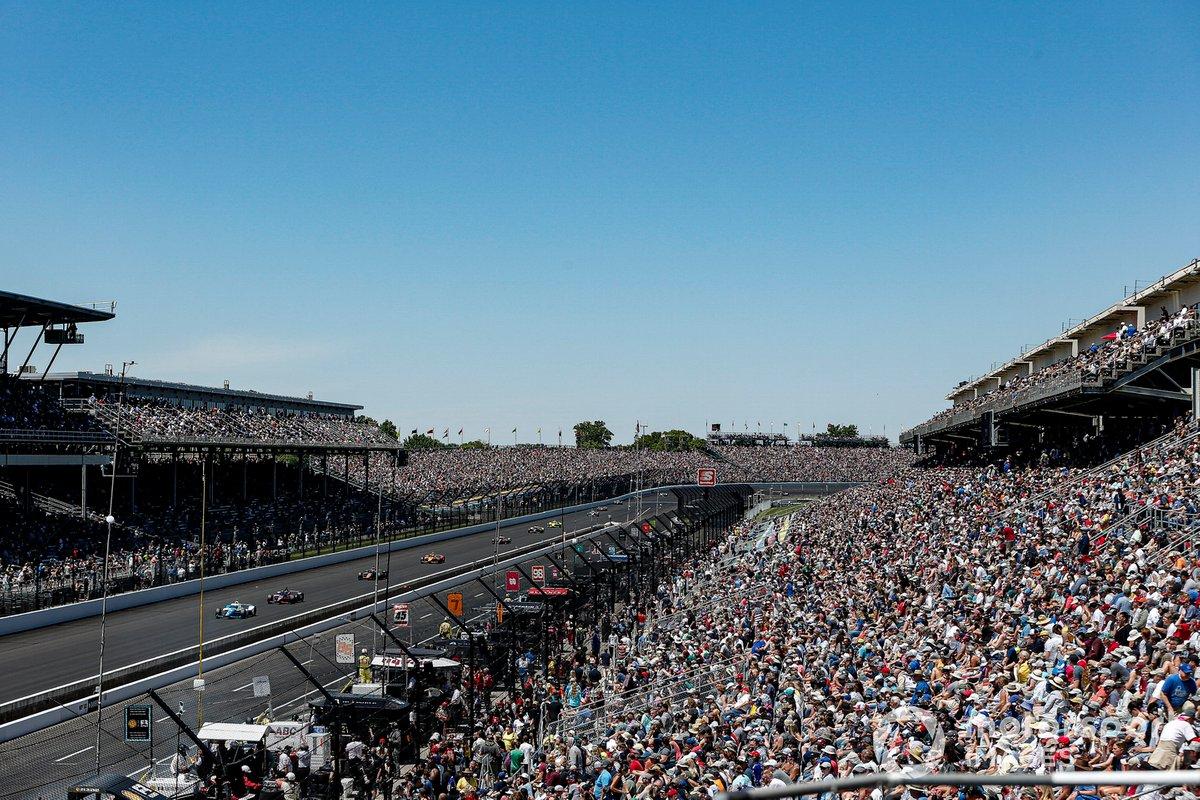 Alex Palou, Chip Ganassi Racing Honda, Helio Castroneves, Meyer Shank Racing Honda, fans