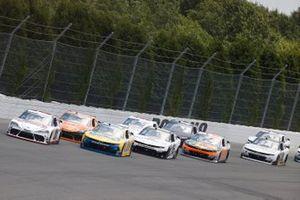 Harrison Burton, Joe Gibbs Racing, Toyota Supra DEX Imaging, Justin Allgaier, JR Motorsports, Chevrolet Camaro Hellmann's 100% Recycled