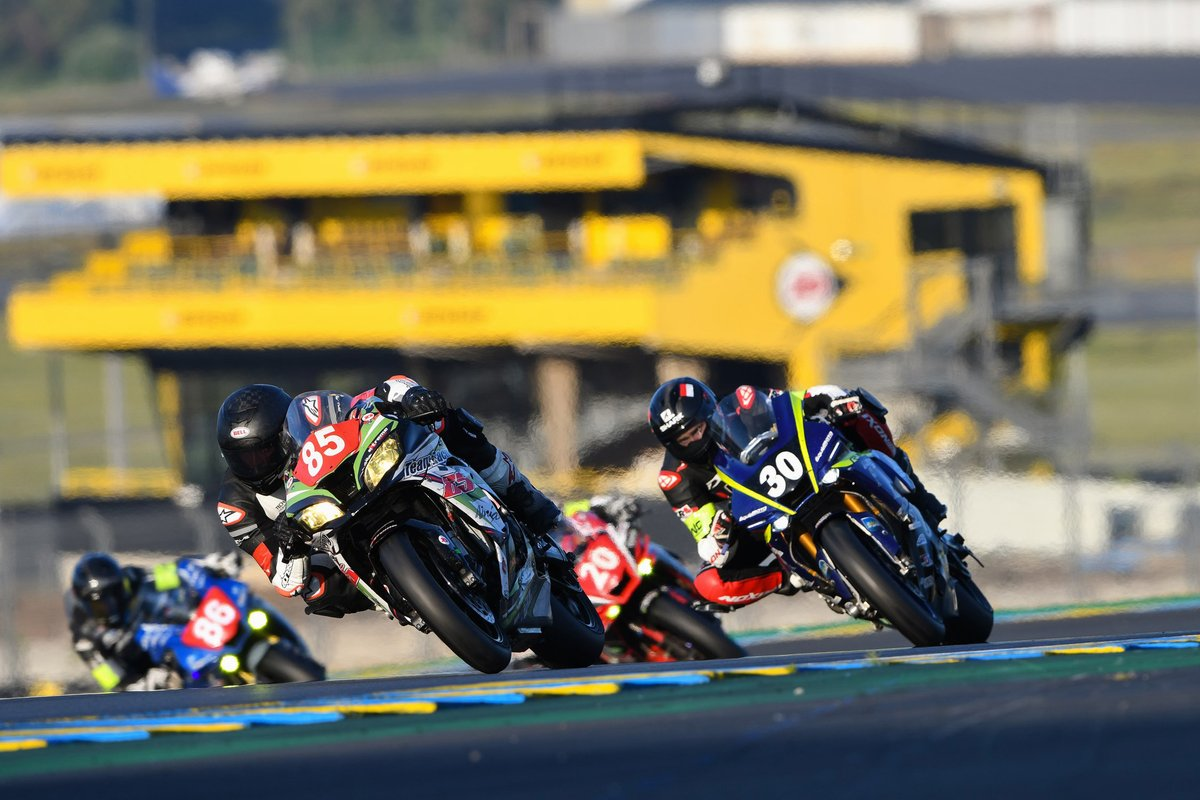 #85 Team Racing 85: Kevin Jacob, Jeremy Herault, Marc Bachelier