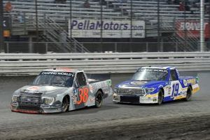 Todd Gilliland, Front Row Motorsports, Ford F-150 Frontline Enterprises INC. and Derek Kraus, McAnally Hilgemann Racing, Toyota Tundra NAPA Power Premium Plus