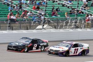 Brad Keselowski, Team Penske, Ford Mustang Verizon 5G and Denny Hamlin, Joe Gibbs Racing, Toyota Camry FedEx Freight
