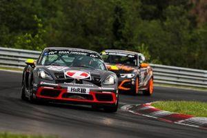#474 Porsche 718 Cayman S: Wolfgang Weber, Alex Fielenbach, Oliver Louisoder