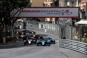 Guanyu Zhou, Uni-Virtuosi Racing voor Felipe Drugovich, Uni-Virtuosi en Christian Lundgaard, ART Grand Prix