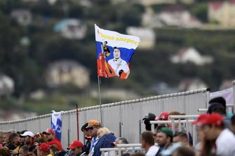Sergey Sirotkin, Williams Racing fans en vlag