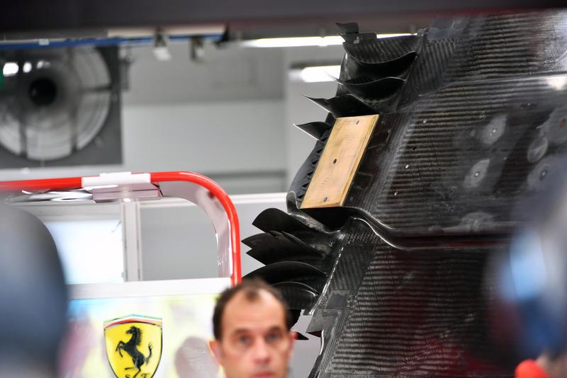 Ferrari SF71H floor