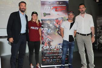 Presentación del MXGP de Italia con Kiara Fontanesi y Marco Melandri