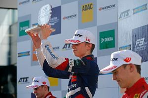 Rookie Podium: Winner Robert Shwartzman, PREMA Theodore Racing Dallara F317 - Mercedes-Benz