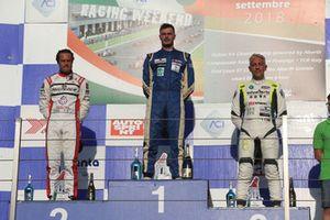 Podio Gara 1: il secondo classificato Simone Borelli, BF Motorsport, il vincitore della gara Matteo Pollini, Giacomo Race, il terzo classificato Davide Uboldi, BF Motorspor