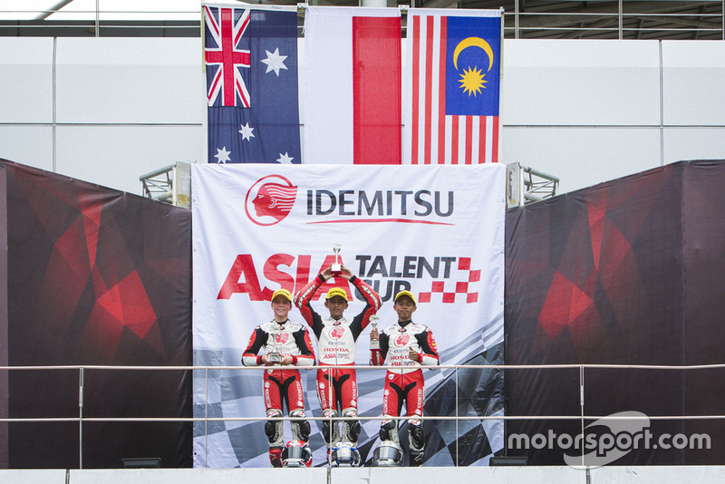 Podium: Bill Van Eerde, Mario Suryo Aji, Danial Sharil