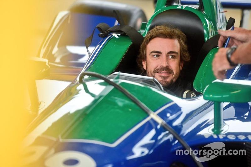 №66. Фернандо Алонсо, McLaren Racing Chevrolet (выступит только в Indy 500, новичок серии)