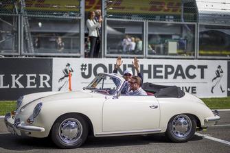 Esteban Ocon, Racing Point Force India F1 Team op de parade
