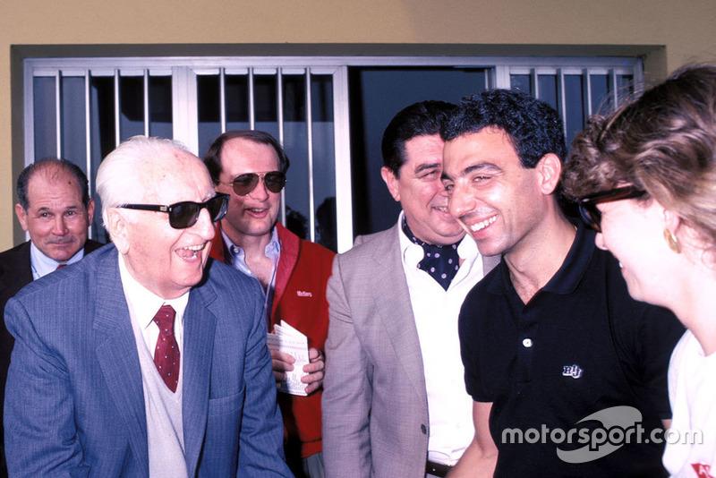 Ferrari: Race to Immortality documenta a era de ouro da década de 1950, quando a Ferrari estava se destacando. Tragédia e triunfo ocorrem lado a lado, com Enzo Ferrari no centro da construção de seu império.