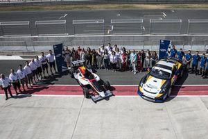 Programa de Evaluación de FIA Mujeres Piloto