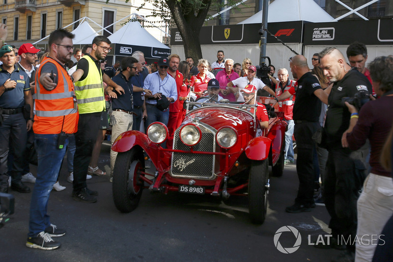 Sebastian Vettel, Ferrari in vintage car