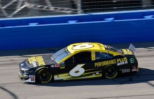 Ryan Newman, Roush Fenway Racing, Ford Mustang