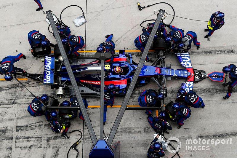 Пит-стоп: Александр Элбон, Scuderia Toro Rosso STR14