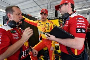 Joey Logano, Team Penske, Ford Mustang Shell Pennzoil and Todd Gordon