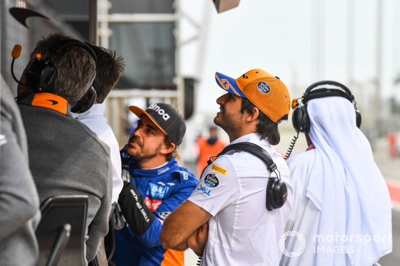 Fernando Alonso, McLaren and Carlos Sainz Jr., McLaren