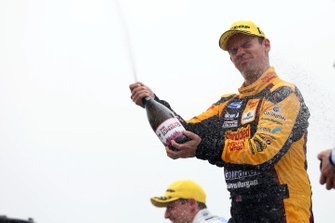 Ganador, Tom Chilton, Motorbase Performance Ford Focus