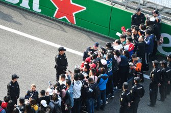 Pierre Gasly, Red Bull Racing in the autograph pen