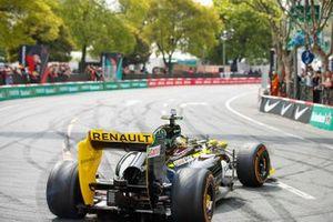 Formule 1-demo van Guanyu Zhou, Renault F1 Team