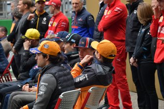 Карлос Сайнс-мол., McLaren, Ландо Норріс, McLaren, і Макс Ферстаппен, Red Bull Racing