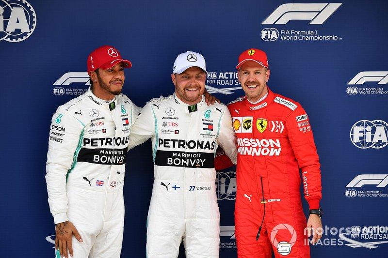 Lewis Hamilton, Mercedes AMG F1, Valtteri Bottas, Mercedes AMG F1, y Sebastian Vettel, Ferrari
