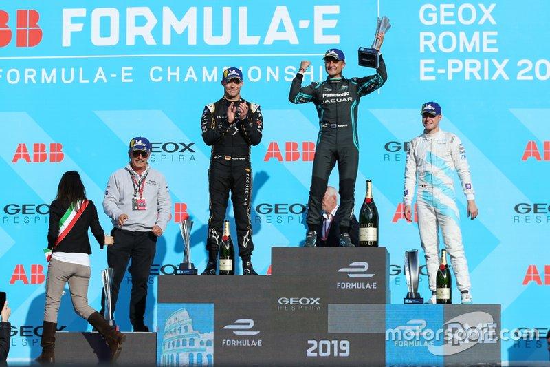 Mitch Evans, Panasonic Jaguar Racing, 1st position, Andre Lotterer, DS TECHEETAH, 2nd position, Stoffel Vandoorne, HWA Racelab, 3rd position, on the podium